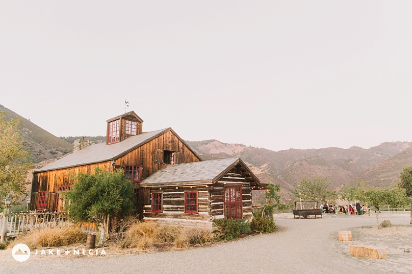 Figueroa Mountain Farmhouse wedding by Jake and Necia Photography (15)